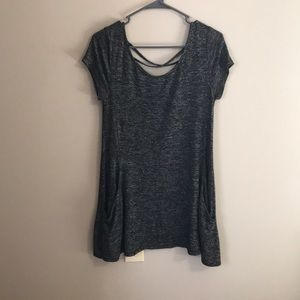 Black & grey tunic with criss cross back &pockets